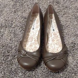 American Eagle ballet flat brown 8M